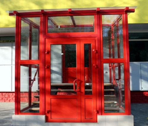 Теплая входная алюминиевая дверь